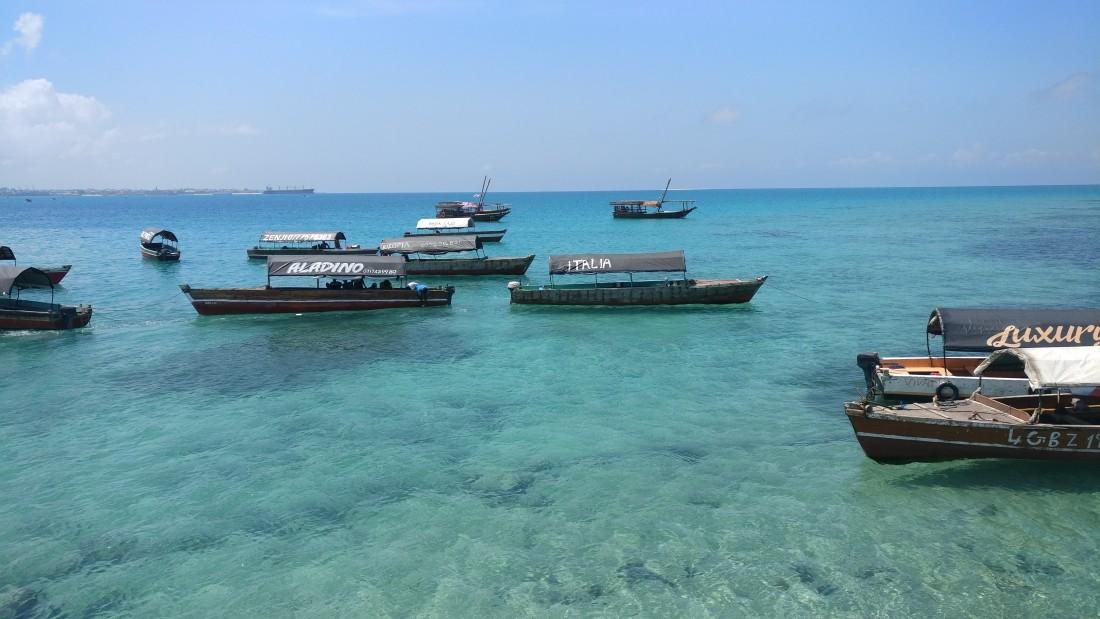 boat transfer in zanzibar